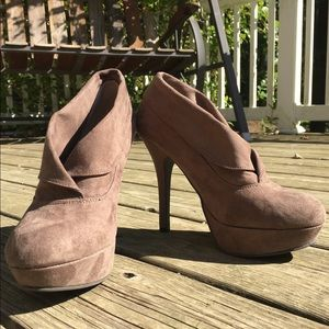Mossimo Faux Suede Taupe Heeled Ankle Booties